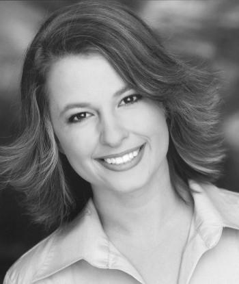 Katie Marie Kelly Headshot